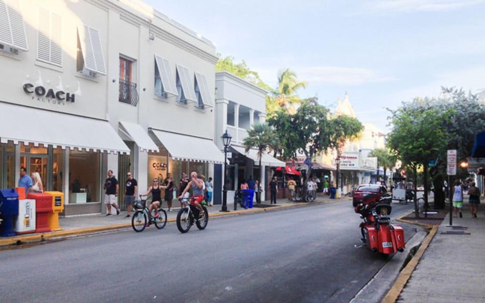 Dica do que fazer em Key West: passear pela Duval Street