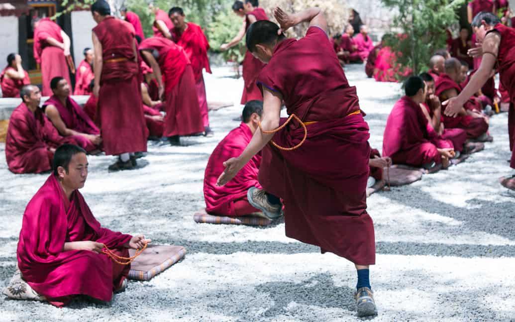tibet-lhasa-debate-sera-02