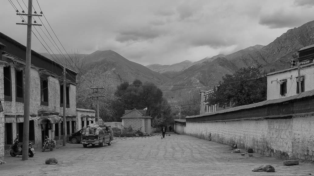 tibet-lhasa-sera-encantos