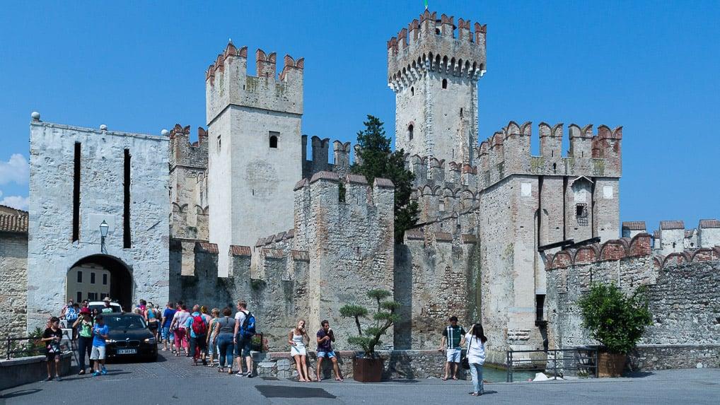 Castello Scaligero em Sirmione, no Lago di Garda