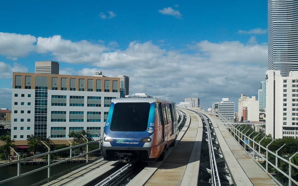 Downtown Miami com Metromover