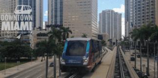viagem metromover miami downtown