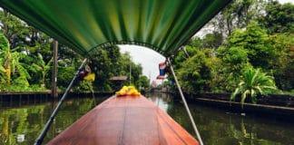 Pelos Canais de Thonburi, a antiga Bangkok