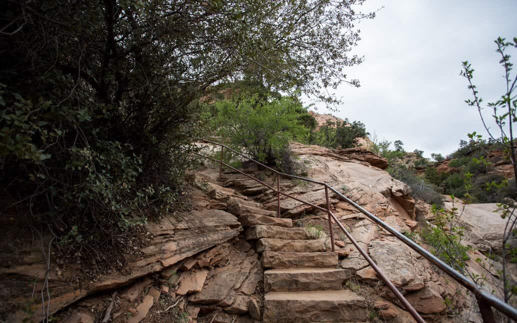 zion-park-utah-canyon-overllok-01