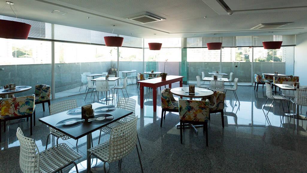 ramada-encore-luxemburgo-bh-restaurante
