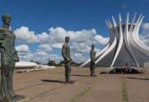 Catedral de Brasília, um clássico de Niemeyer