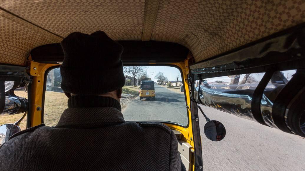 Passeio de tuk tuk em Soweto