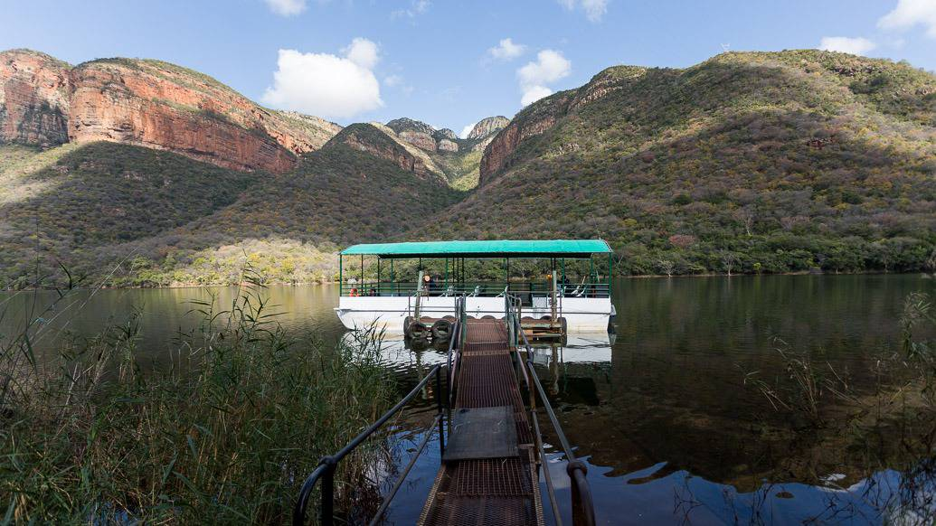 Barco no Blyde River Canyon