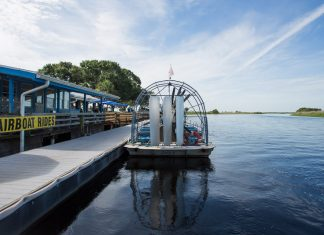 Passeio de airboat perto de Orlando e Cocoa Beach, na Flórida