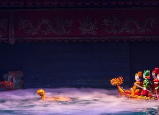Water Puppet Show em Hanoi: tradicional teatro de marionetes na água