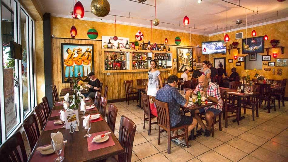 Restaurante El Cristo em Little Havana, Miami