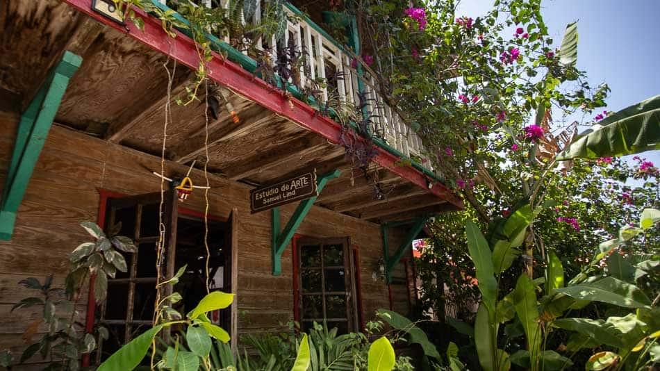 Ateliê de Samuel Lind, em Loíza, Porto Rico