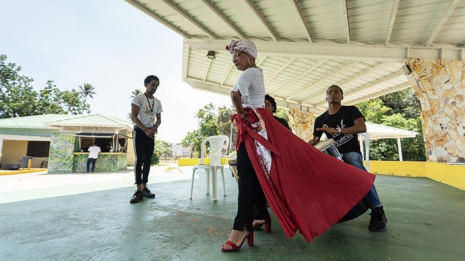 Apresentação do grupo de Bomba, em Loíza, Porto Rico