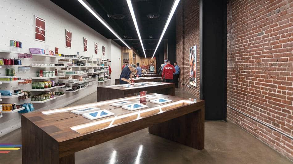 Interior da MedMen, a Apple Store da maconha na Califórnia