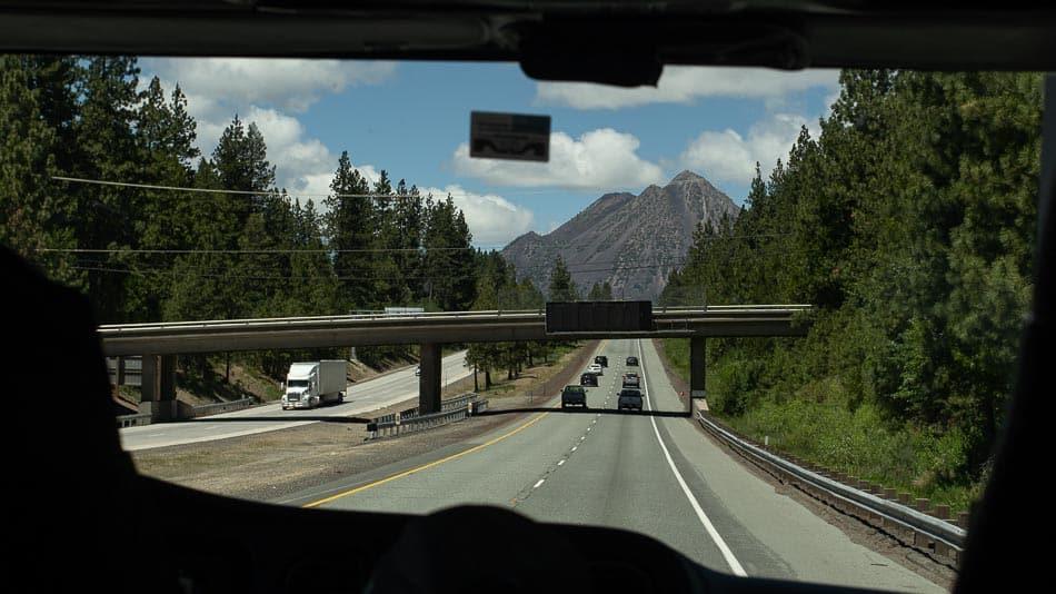 Estrada até o Mt. Shasta, na Califórnia