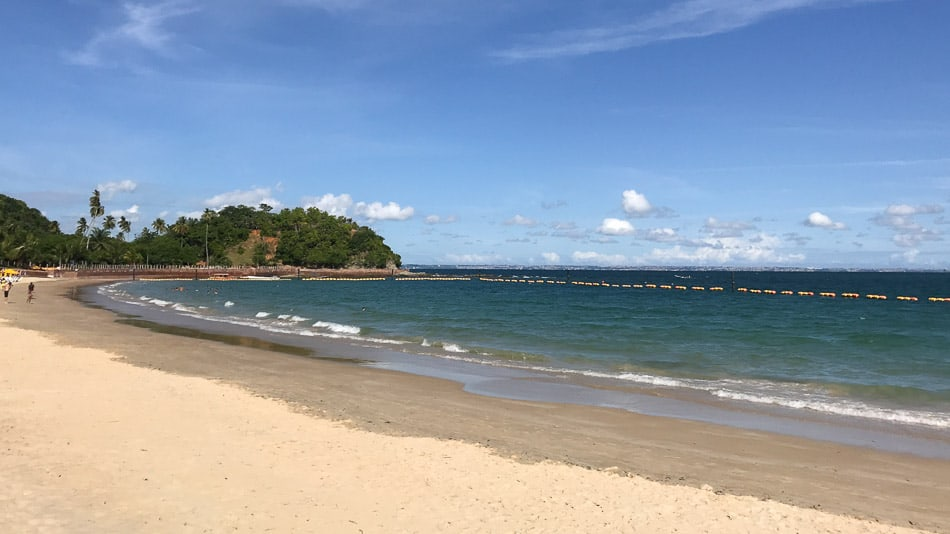 Praia na Ilha dos Frades em Salvador