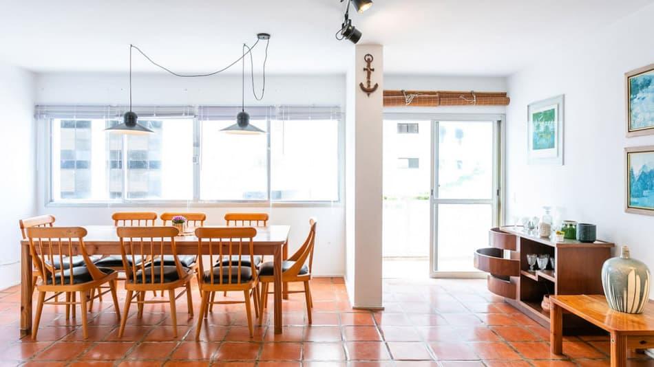 Airbnb no Guarujá: apartamento de 3 quartos na Praia de Astúrias
