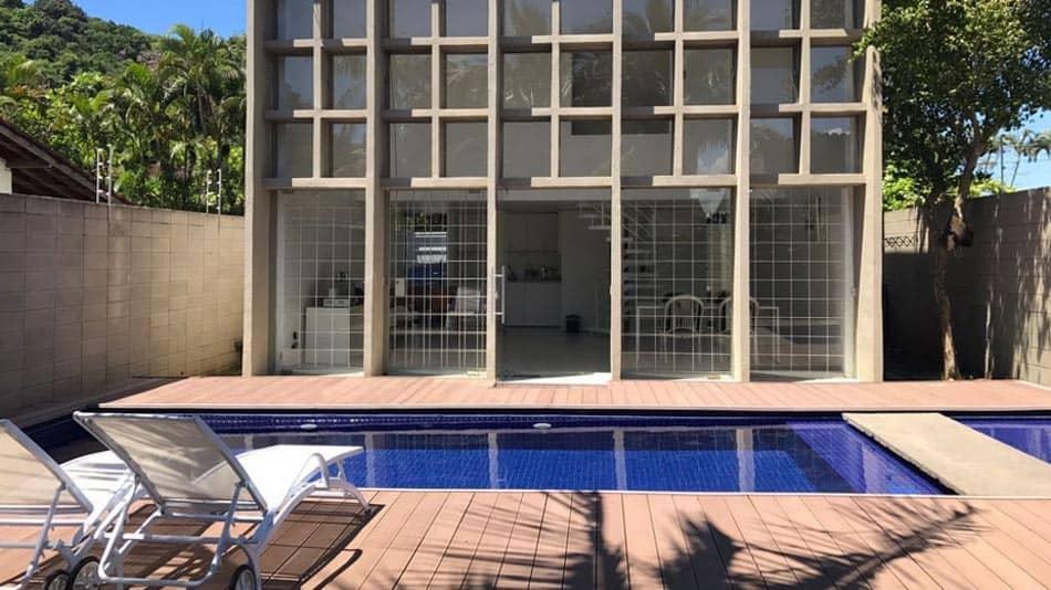 Casa para alugar no Airbnb no Guarujá