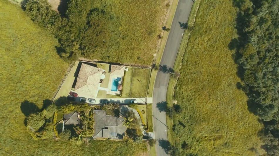 Chácara com piscina aquecida para alugar no Airbnb em Atibaia