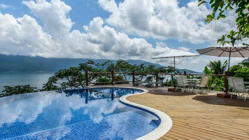 Bangalô em condomínio para o aluguel no Airbnb em Ilhabela