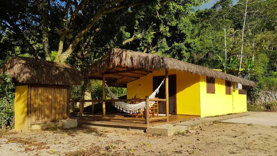 Casa para alugar no Airbnb em Ilhabela na Prainha