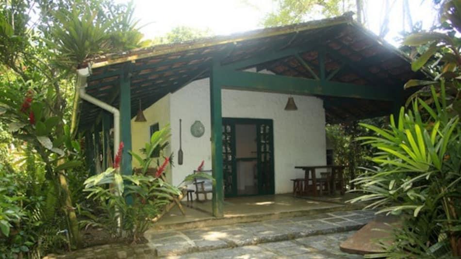 Casinha para alugar no Airbnb em Ubatuba na Praia do Félix
