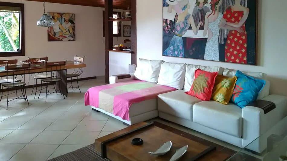 Casa na Praia de Ferradura para aluguel no Airbnb em Búzios