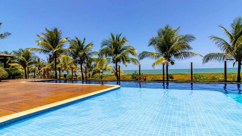 Bangalô pé na areia para aluguel no Airbnb em Itacimirim