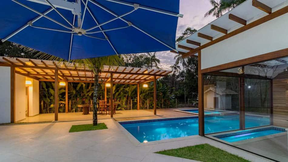 Loft para alugar no Airbnb em Paraty com piscina