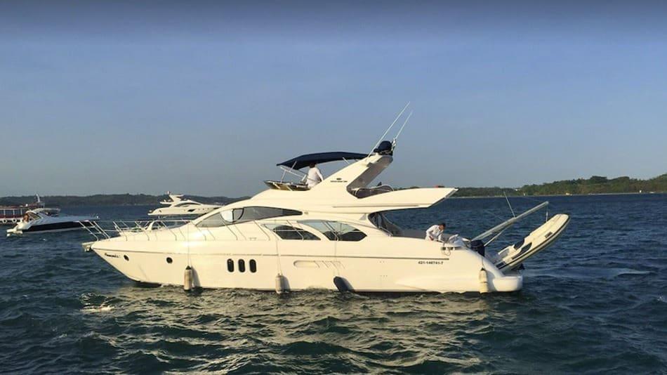 Alugar um barco para ficar em Salvador