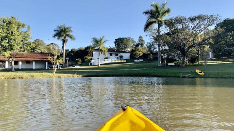 Casa para alugar perto de SP com lago particular