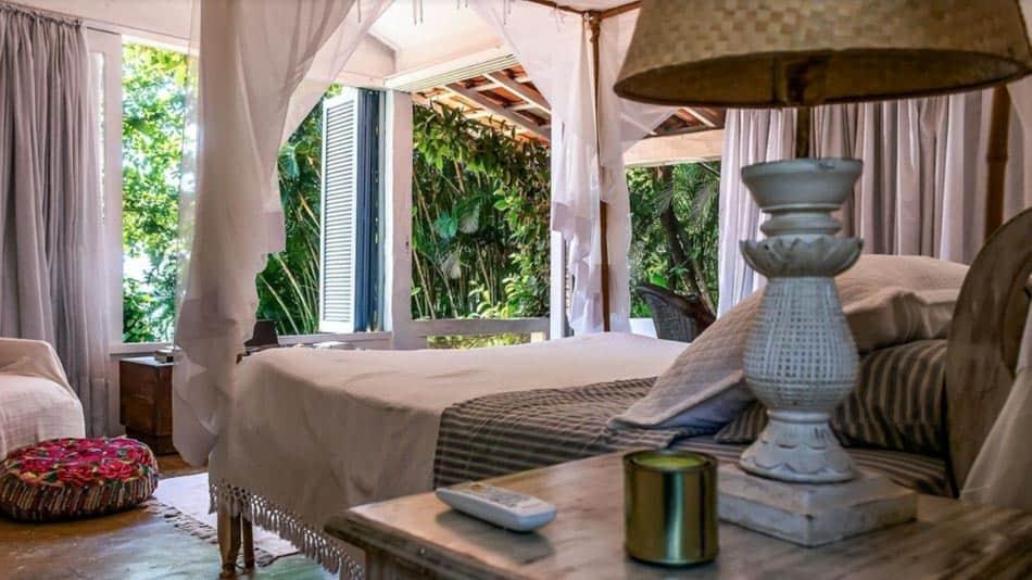 Casa para alugar na Ilhabela na Praia da Armação