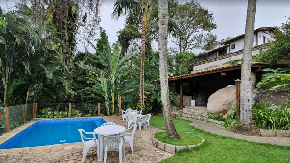 Casa para alugar em Ilhabela com vista para a Praia do Portinho