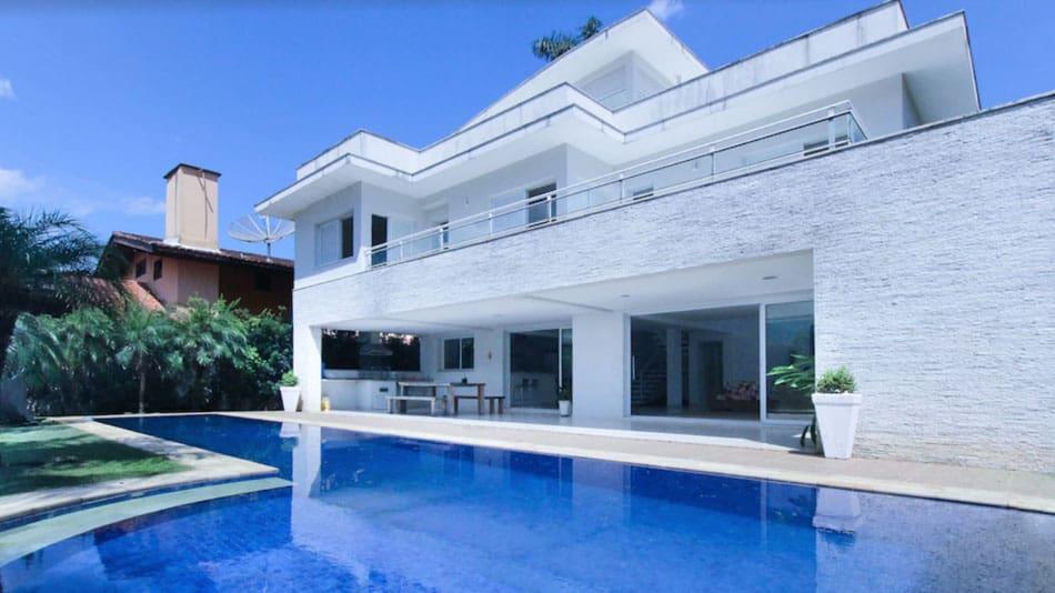 Casa com piscina para alugar em Juquehy