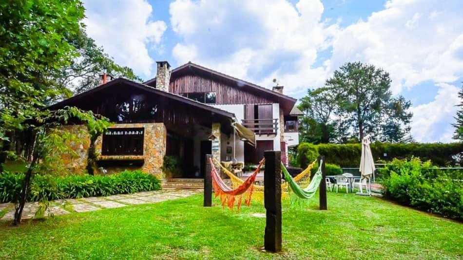 Casa de alto padrão para alugar em Monte Verde