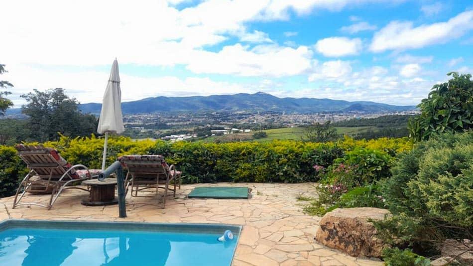 Casa para alugar em Atibaia com piscina