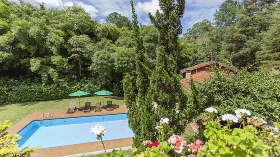 Casa para alugar na Granja Viana, no interior de SP