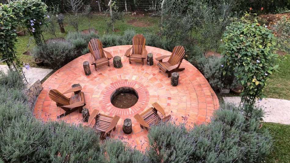Casa para alugar em Monte Verde com espaço para fogueira