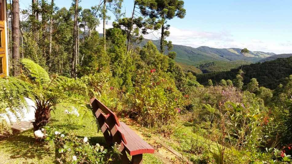 Casa com vista para alugar em Monte Verde