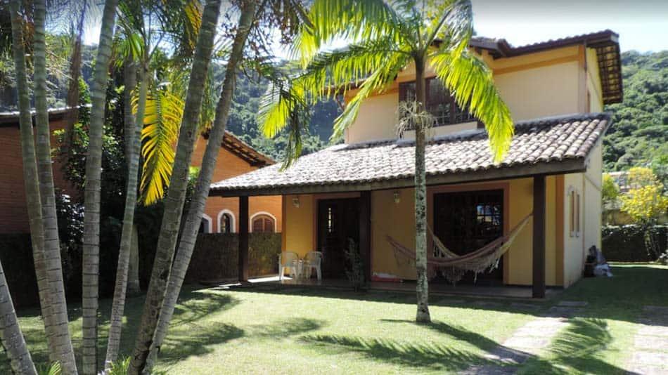 Casa de 3 quartos para alugar no litoral norte de SP em Guaecá