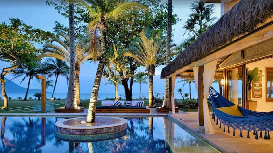 Casa para alugar no litoral norte de SP em Guaecá em frente ao mar