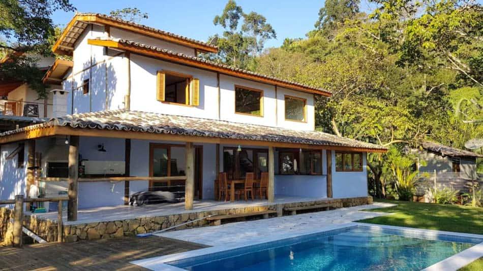 Bela casa para alugar em Piúva, na Ilhabela