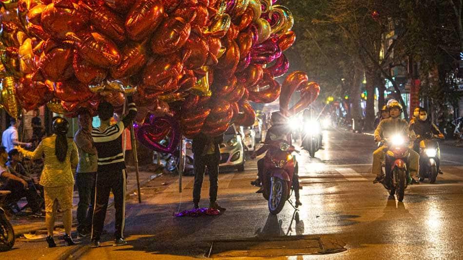 Ruas de Hanoi durante o Tét