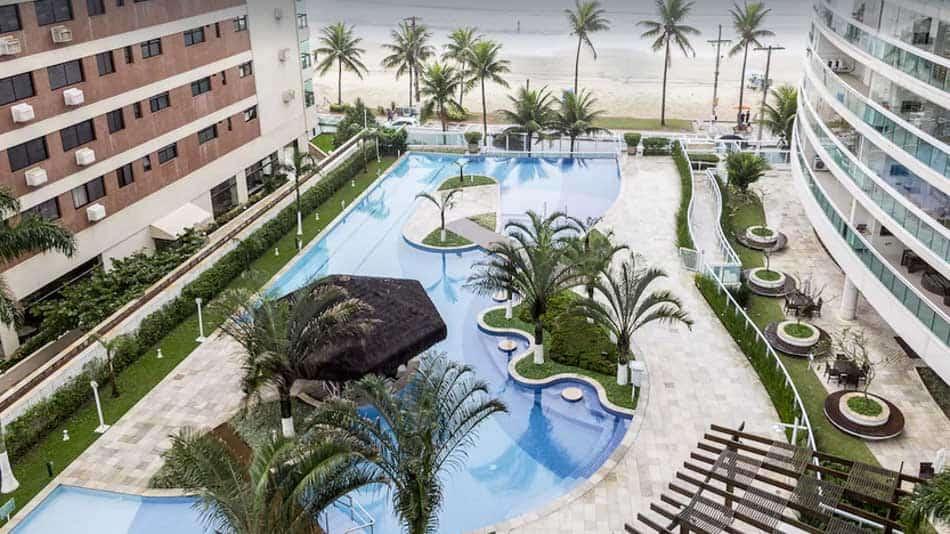 Apartamento para alugar no Guarujá em frente ao mar