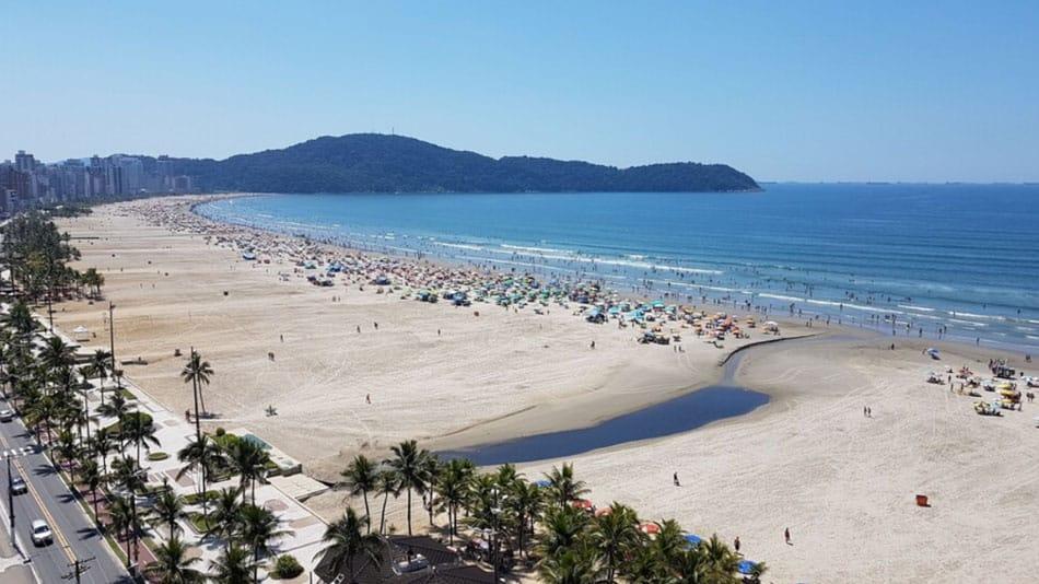 Apartamento para alugar na Praia Grande em frente ao mar