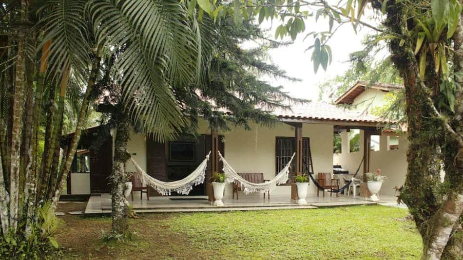 Casa para alugar em Ubatuba com jardim na Praia Dura