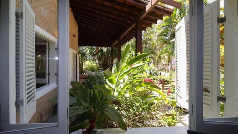 Casa para alugar em Ubatuba com belo jardim