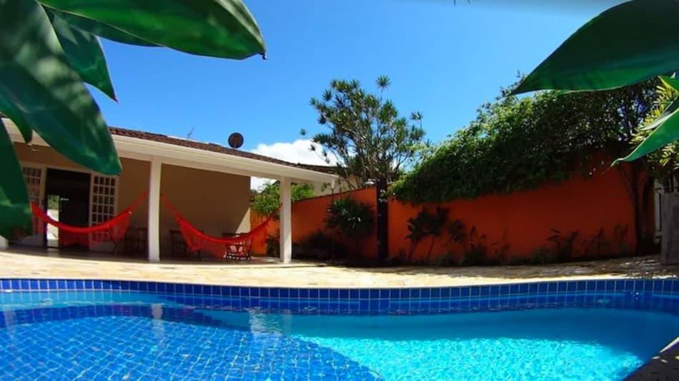Casa para alugar em Ubatuba com piscina no Itaguá