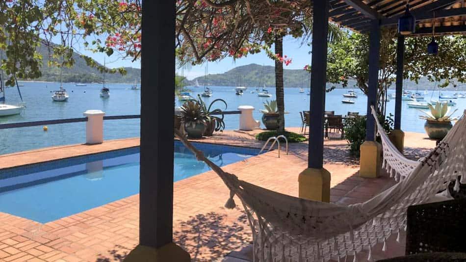 Casa para alugar em Ubatuba, na praia da Ribeira