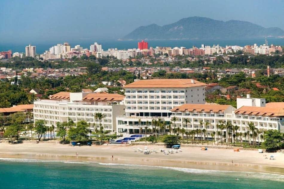 Os melhores hotéis pé na areia em SP: Sofitel Guarujá Jequitimar